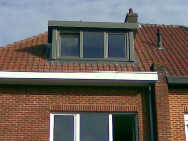 Dakkapel geplaatst door Comforthouse in diverse RAL kleuren